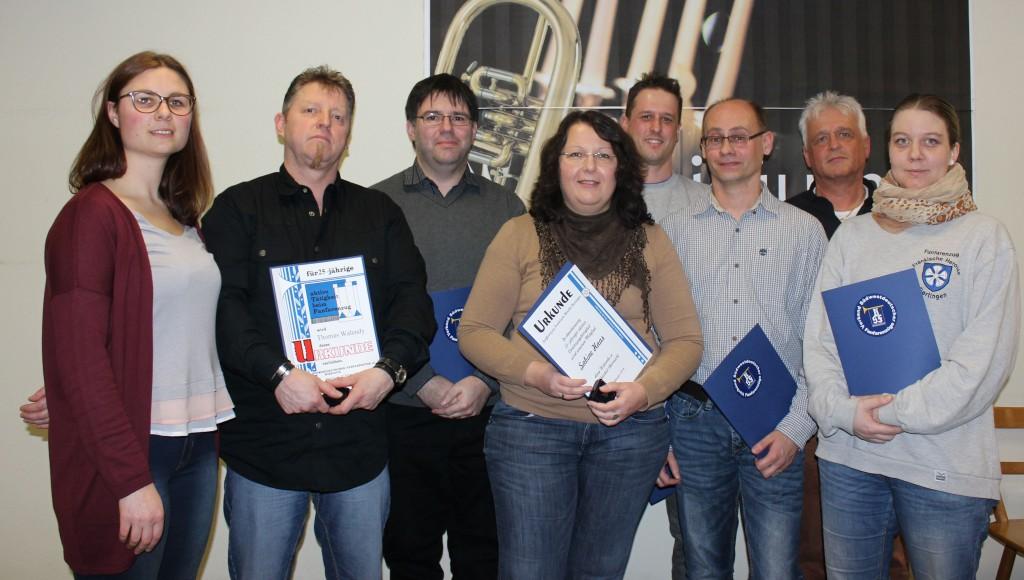 von links. Die erste Vorsitzende Julia Baumann, Thomas Walendy, Christian Hildenbrand, Sabine Haas, Stefan Diehm, Ralf Haas, Udo Diehm und Vanessa Fleck